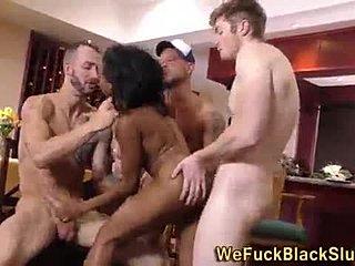 Britská bukkake porno